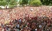 Multidão toma as ruas de SP para desfiles dos blocos de carnaval