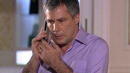 Gustavo é avisado sobre o acidente de Luisa