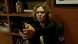 'Foi com essa arma que você matou o meu amor?', Isabel enfrenta Jaime