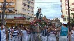 Procissão de Navegantes conta com milhares de fiéis em Porto Alegre