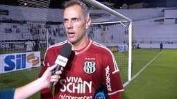 João Carlos diz que Ponte Preta está em formação, mas precisa vencer os jogos