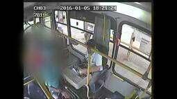 Usuários do transporte público convivem com insegurança