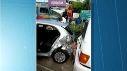Acidente na BR-381 deixa três pessoas feridas em Timóteo