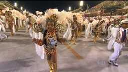 Milton Cunha comenta o desfile da Portela