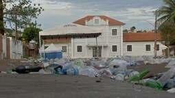 Terça-feira de carnaval é dia de limpeza para retirar sujeira de foliões em Campo Grande