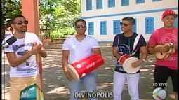 """Grupo """"Samboleiros"""" encerra o carnaval em Abaeté"""