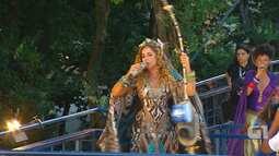 Daniela Mercury canta 'Avisa Lá' no Campo Grande