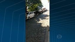 Caminhões da Comlurb atrapalham moradores em Jacarepaguá