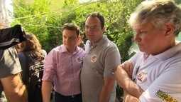 Ministro Nelson Barbosa visita casas em BH no dia de combate ao Aedes aegypti
