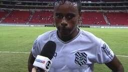 Entrevista: Elicarlos diz que as duas equipes estão de parabéns pelo jogo apresentado