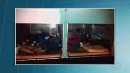 Usuários do transporte estudantil de Araguari reclamam de atrasos e superlotação
