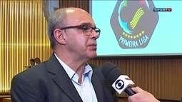 Torcida protesta após mais uma derrota para o Vasco, mas diretoria garante Muricy