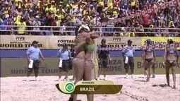 Os lances de Elize Maia/Duda 2 x 0 Tatiana/Juliana pela final do Circuito Mundial de Vôlei