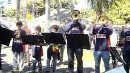 Festa em comemoração do Dia do Trabalhador reúne centenas de pessoas no noroeste paulista