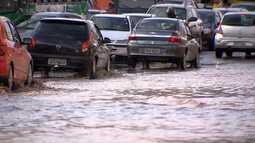 Chuva volta a causar estragos em Salvador; veja na Previsão do Tempo