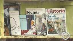 Minibibliotecas estimulam a leitura em pontos de ônibus em Piracaia