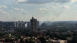 Flagrantes mostram queimadas em diversos pontos de Goiânia