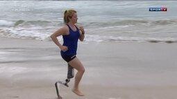 """Velocista paralímpica italiana vira """"queridinha"""" dos brasileiros e faz tatuagem do país"""