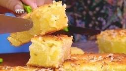 Culinarista ensina a fazer a tradicional receita de bolo de macaxeira