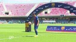 Mais um reforço para o time de Messi: André Gomes é apresentado no Barcelona