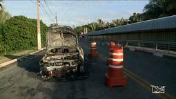 Incêndio em Ferry Boat quase causa uma tragédia na saída de São Luís