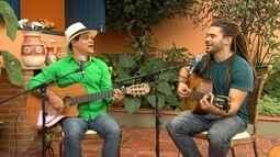 Tau Brasil foi quem ensinou música para o filho Augusto Cordeiro