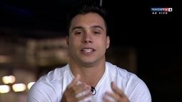 Petrix Barbosa parabeniza Diego Hypolito pela medalha na Rio 2016