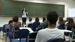 Alunos viram professores voluntários para mais de 80 estudantes da região de Sorocaba