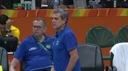 Zé Roberto Guimarães anuncia que permanece na seleção e planeja ciclo olímpico