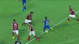 Flamengo vira no fim e coloca Cruzeiro no Z-4; veja os gols do Brasileirão