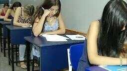 Alunos em Gurupi testam conhecimento em simulado do Enem