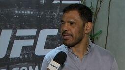 Rogério Minotouro se diz evoluído no wrestling e planeja nocautear Ryan Bader