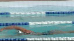 Projeto ensina natação para crianças em Colatina, Noroeste do ES