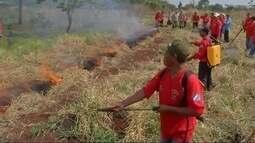 Bombeiros capacitam indígenas para combater incêndios em aldeias de Dourados