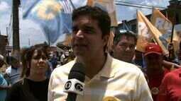 Rui Palmeira faz campanha no bairro Santa Lúcia