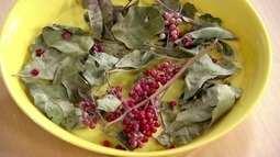 Aroeira também é conhecida como pimenta-rosa