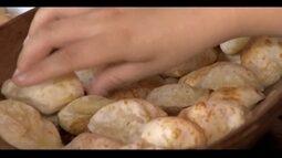 Cozinheira da Zona da Mata ensina preparo de pão de queijo de inhame