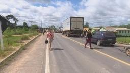 Moradores fecham rodovia e exigem construção de poço no interior do AC