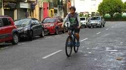 Cresce o número de pessoas que trocam o carro pela bicicleta em busca de qualidade de vida