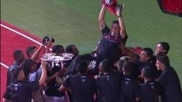 """Goleiro Kléver celebra título: """"Foi na superação, na garra"""""""
