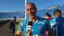 """Marquinhos agradece os jogadores do Avaí: """"vestir essa camisa sempre foi especial"""""""