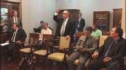 Tumulto marca 2º dia de audiências no Conselho de Ética da Câmara de Ribeirão Preto