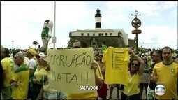 Manifestantes se concentram em Salvador