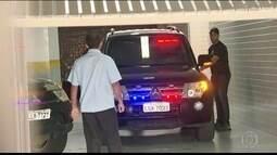 Mulher de Sérgio Cabral, Adriana Ancelmo se entrega na 7ª Vara Federal e é presa