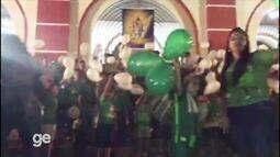 """Encerramento da missa de 7º dia das vítimas da Chape tem mantra: """"Vamos, Vamos, Chape"""""""