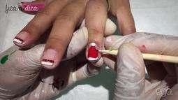 Aprenda a fazer unhas decorativas para o Natal