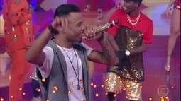 MCs Zaac & Jerry se apresentam ao som de 'Bumbum Granada'