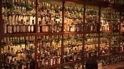 Morador de Itatiba tem uma das maiores coleções de garrafas de uísque do mundo