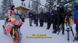 Campeão da MotoGP, Marc Marquez se arrisca na neve sob duas rodas
