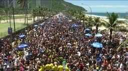 Domingo (12) é marcado por desfile de blocos no Rio e em São Paulo